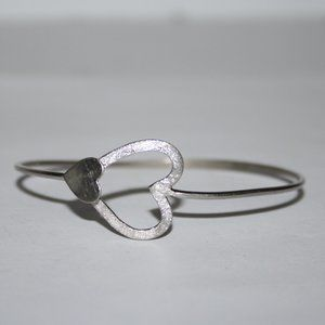 "Silver heart bangle bracelet 7"""